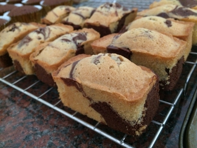 chocolate-marble-mini-loaves-cooling-down.jpg