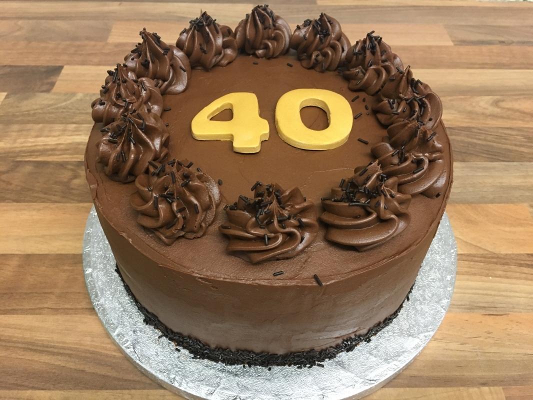 gluten-free-chocolate-fudge-cake-40th-birthday-3-001.jpg