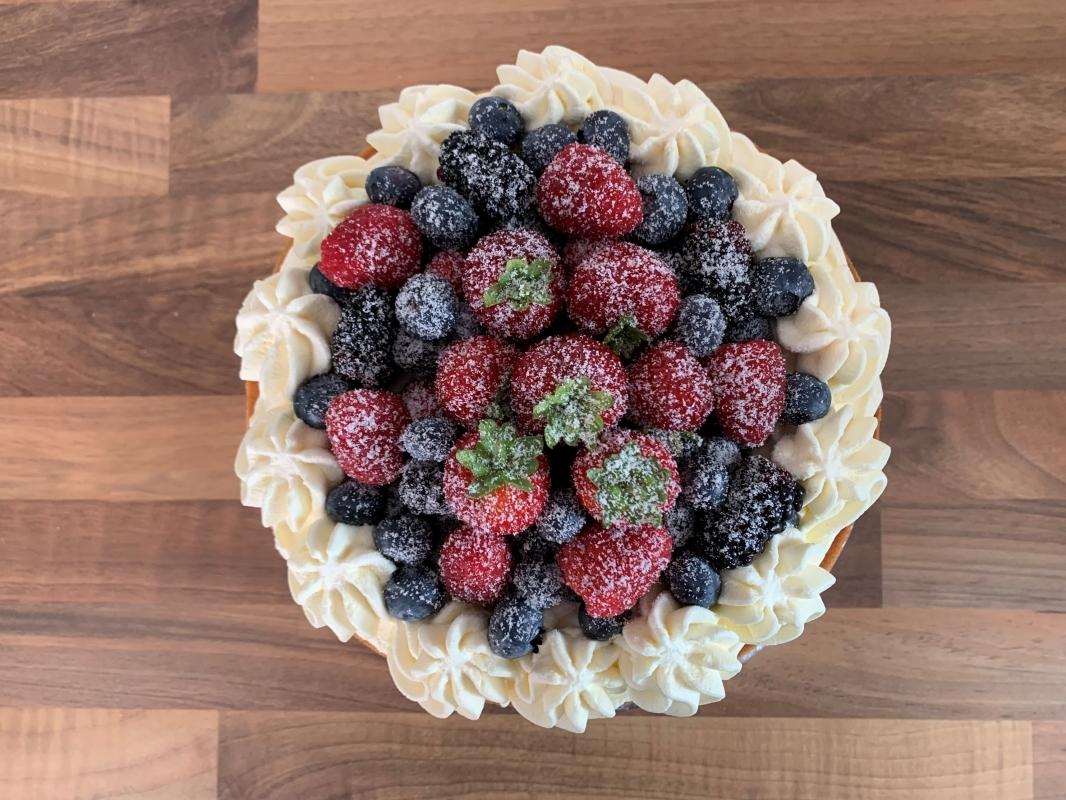 gluten-free-vanilla-sponge-cake-with-fresh-cream-and-berries-8-inch-two-layer-july-2021-4-001.jpg