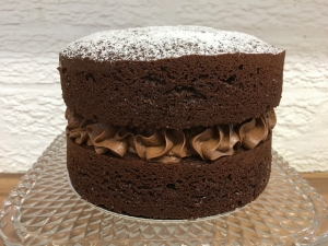 chocolate-cake-6-inch-with-chocolate-buttercream-filling-december-2020-2-001.jpg