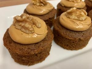 coffee-mini-sponge-cakes-with-fondant-icing-and-walnut-half-vegan-gluten-free-june-2021-4-001.jpg