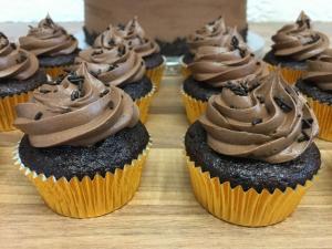 gluten-free-chocolate-mini-cupcakes-january-2021.jpg