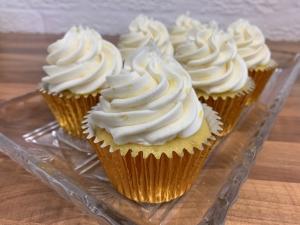 lemon-cupcakes-with-lemon-frosting-vegan-and-gluten-free-october-2021-my-recipe-3.jpg