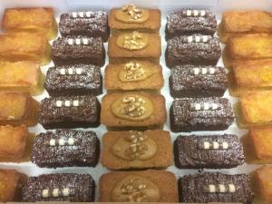 mini-loaves-selection-box-3.jpg