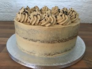 semi-naked-coffee-cake-with-coffee-buttercream-november-2020-3.jpg